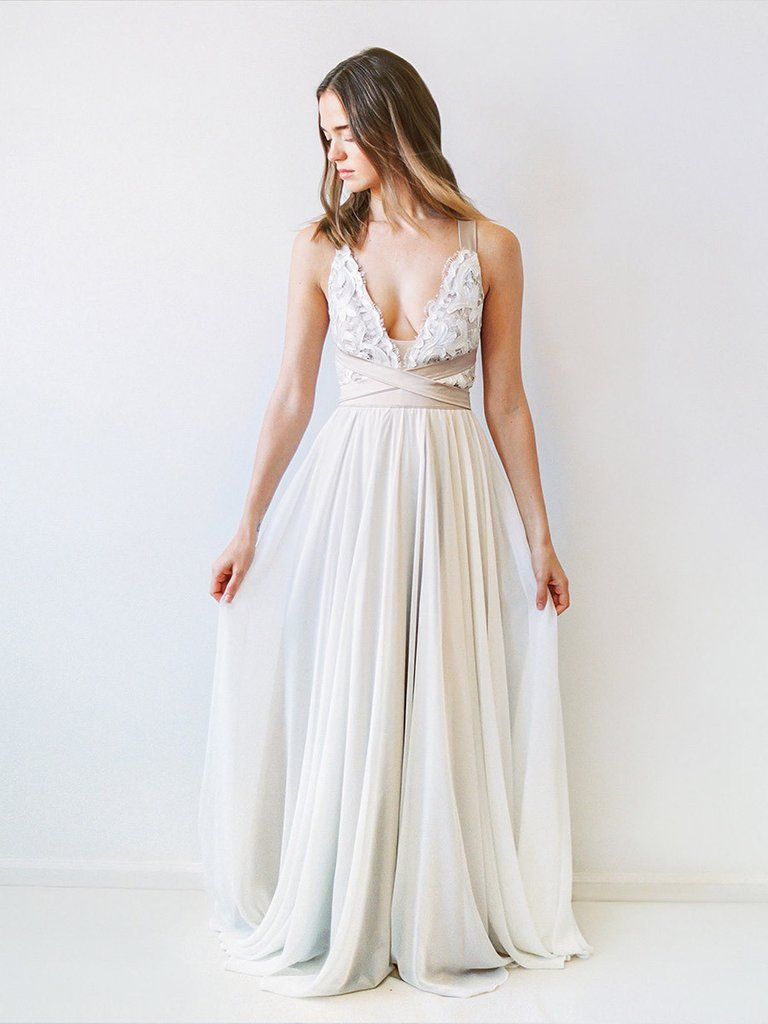 Carrall backless wedding wedding dress and gowns