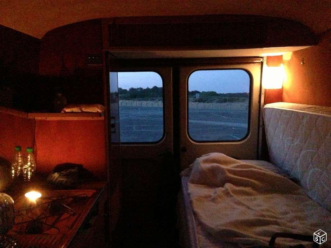 peugeot j7 am nag vintage camper utilitaires paris. Black Bedroom Furniture Sets. Home Design Ideas