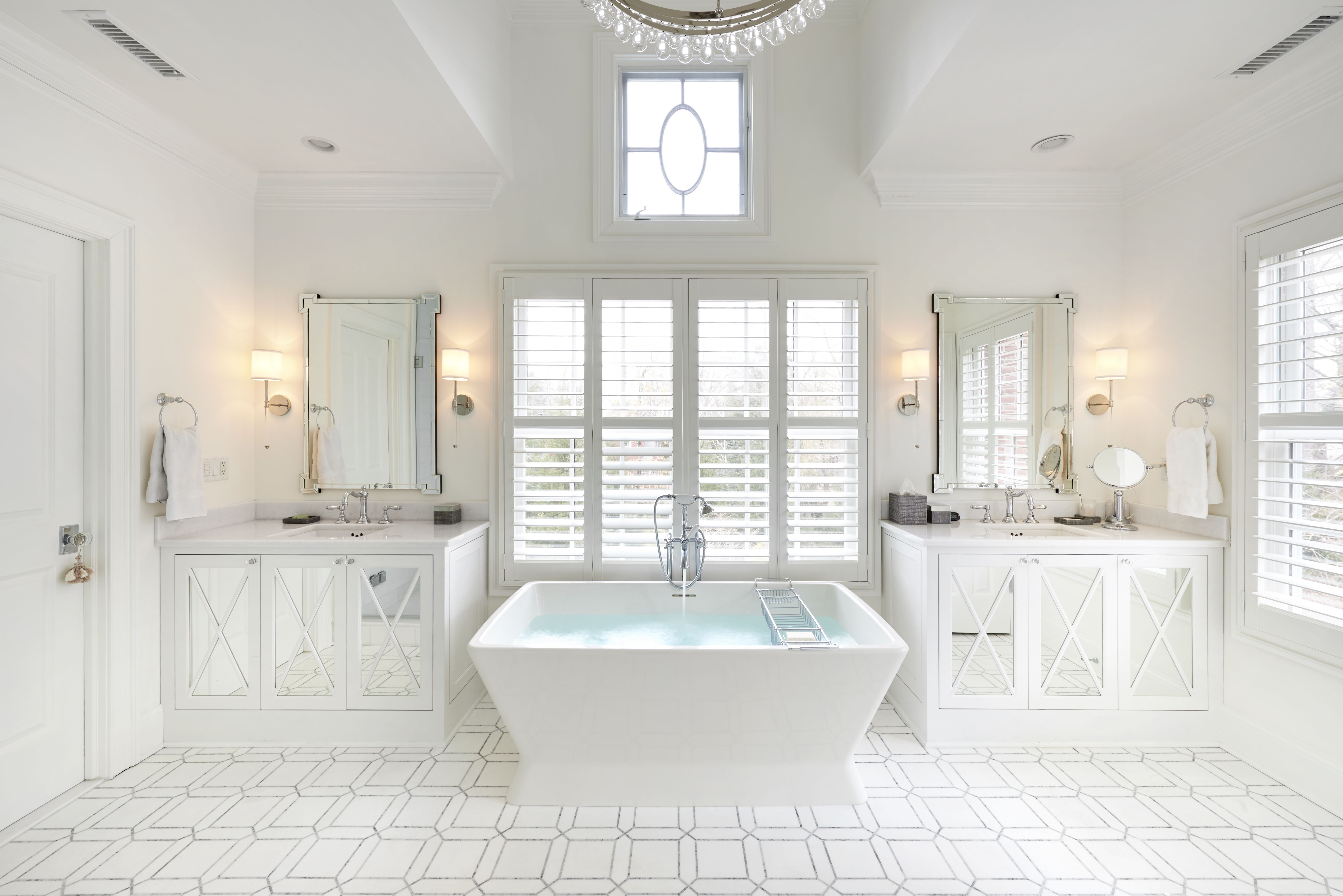 X Marks The Spot In This Traditional Homes Bathroom With A