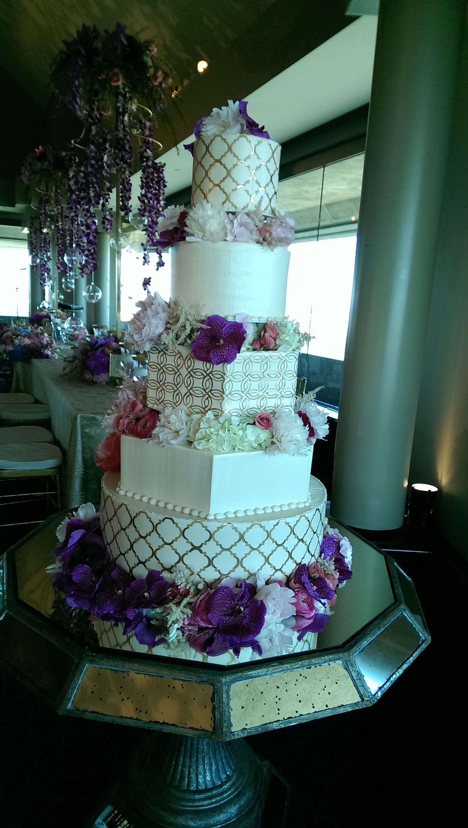 Skyline room at la cima club in las colinas wedding cake by panini