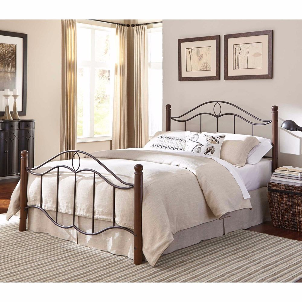 Traditional Queen Size Bed Frame Antique Design Black