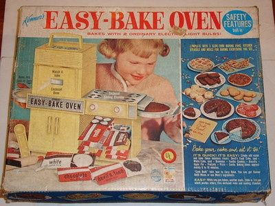 Food And Cooking At Toys R Us : Vintage 60s easy bake oven with original box 2 pans spatula works