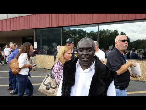 """Watch black Trump fan laying down some truth in Atlanta. """"Every last one of y'all...make America great...go out there and fight for Donald Trump!"""" - Powdered Wig Society"""