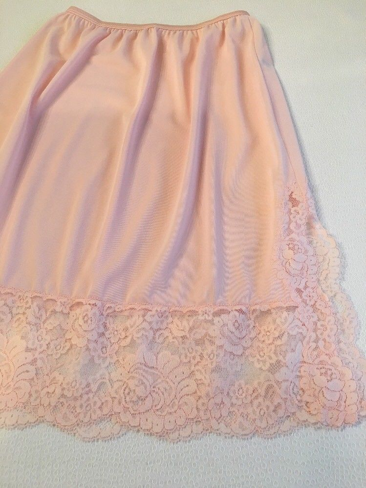 Marlon Ladies Cling Resistant Underskirt Underwear Half Slip Waist Slip 27 inches Long