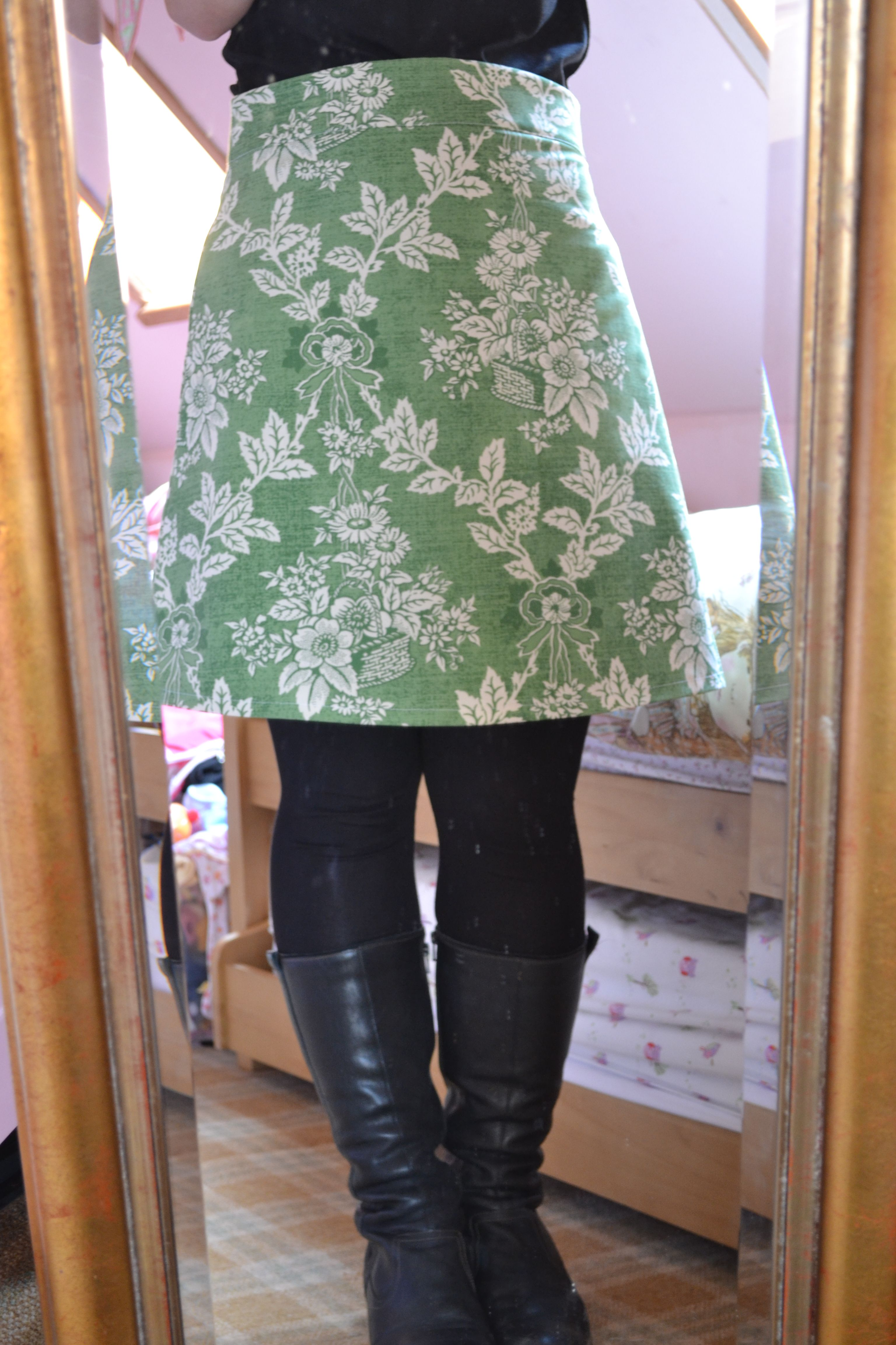 My Delphine skirt made from vintage Laura Ashley fabric, pattern by Tilly Walnes from her book Love at first Stitch (Tilly and the buttons) x
