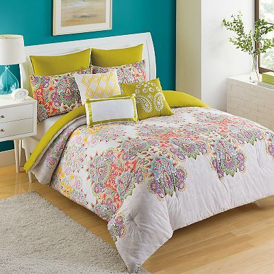 Wonderful colors in this Comforter Set