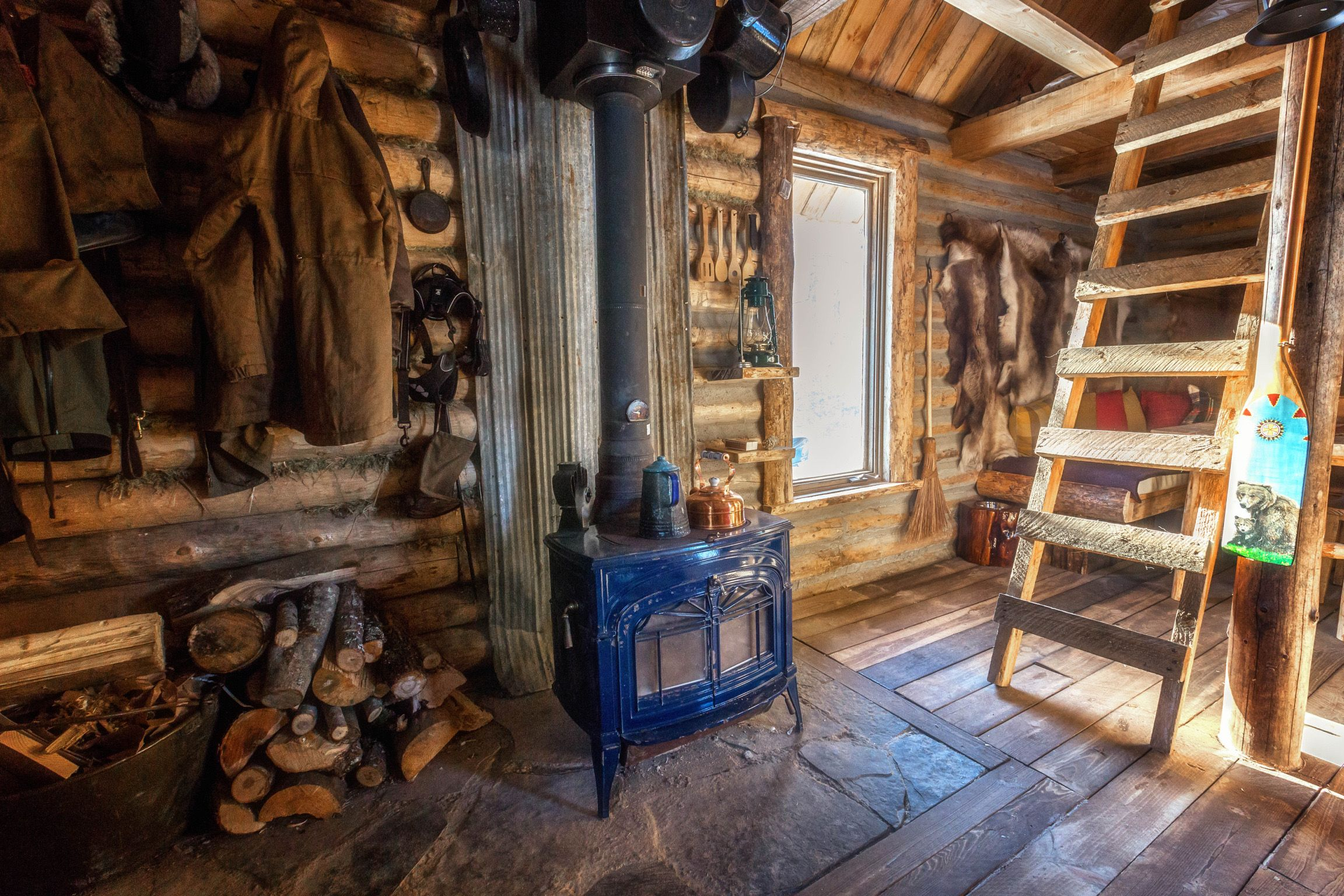 Build This Cozy Cabin Cozy Cabin Magazine Do It Yourself: Mountain Cabin In 2019