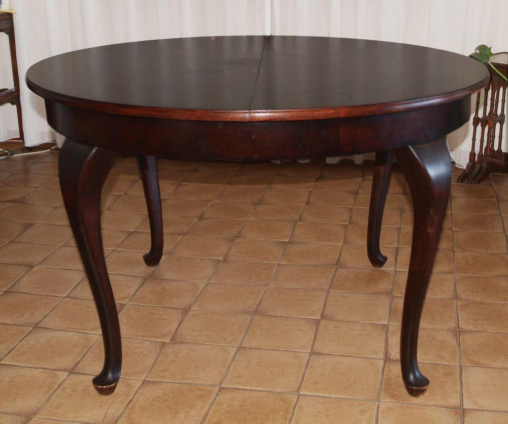Alter Esstisch / Rund / Oval / dunkles Holz / Ausziehbar ...