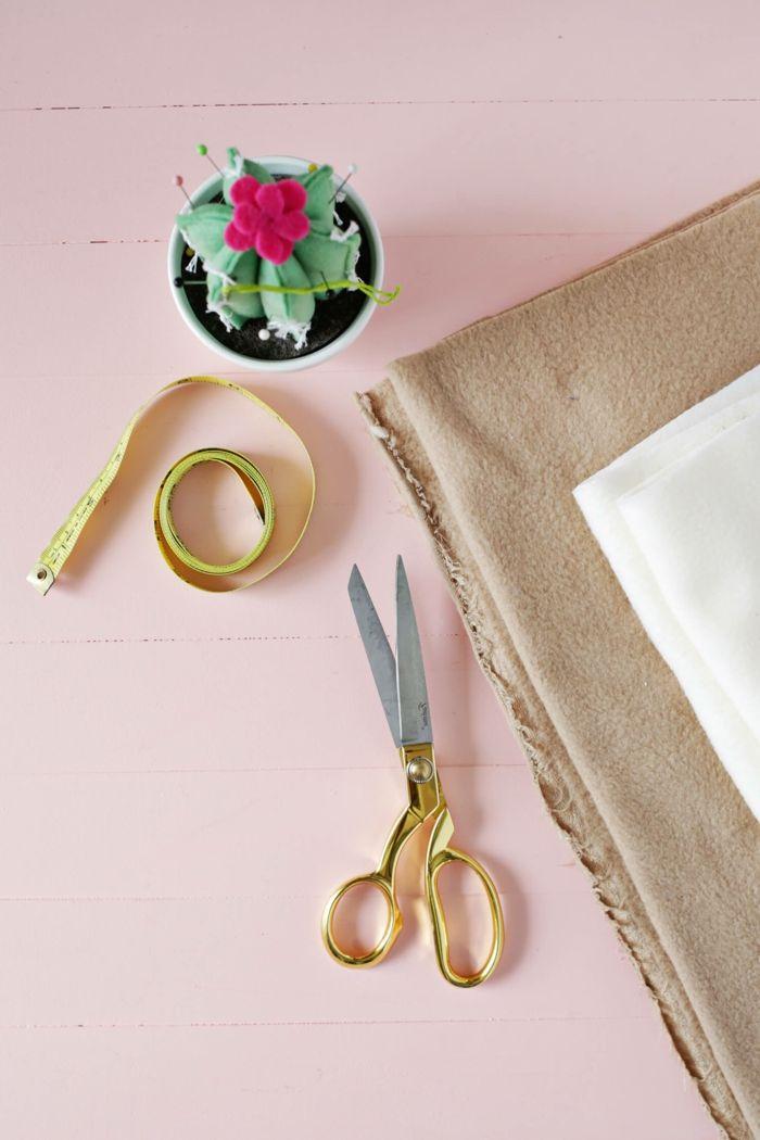 1001 ideas de manualidades con tela para decorar la casa - Cosas navidenas para hacer en casa faciles ...