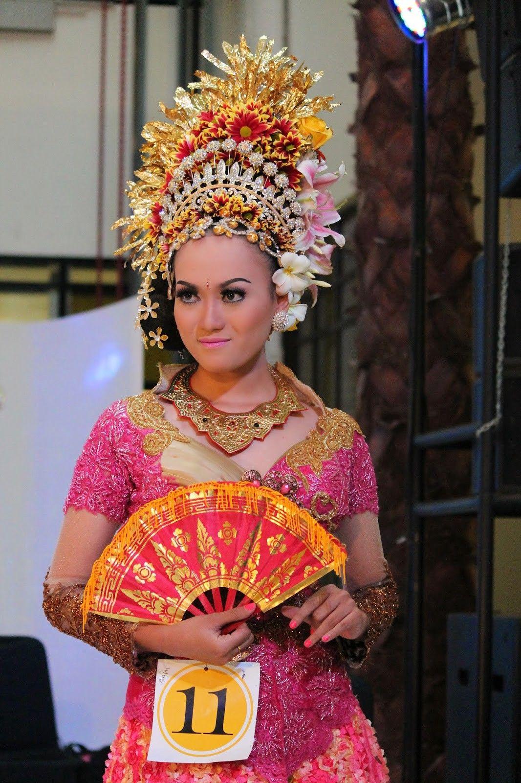 Nama Pakaian Adat Bali Untuk Wanita