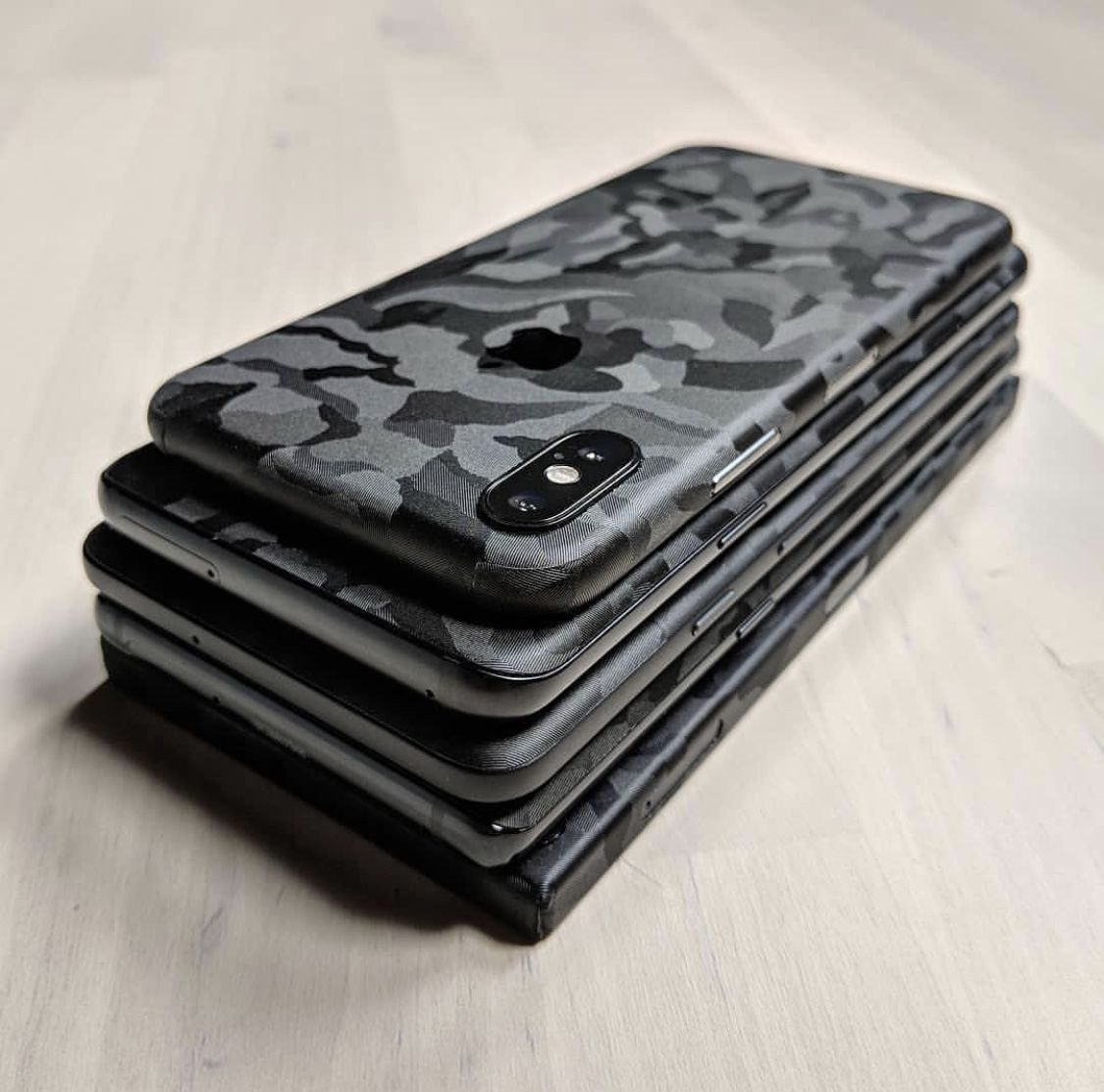 new styles 2ec95 a5fff iPhone X Camo Skin | iPhone X | Apple watch iphone, Iphone cases, Iphone