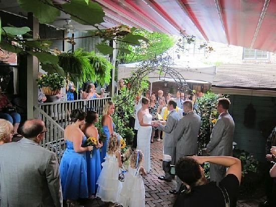 Wedding At Morning Glory Inn