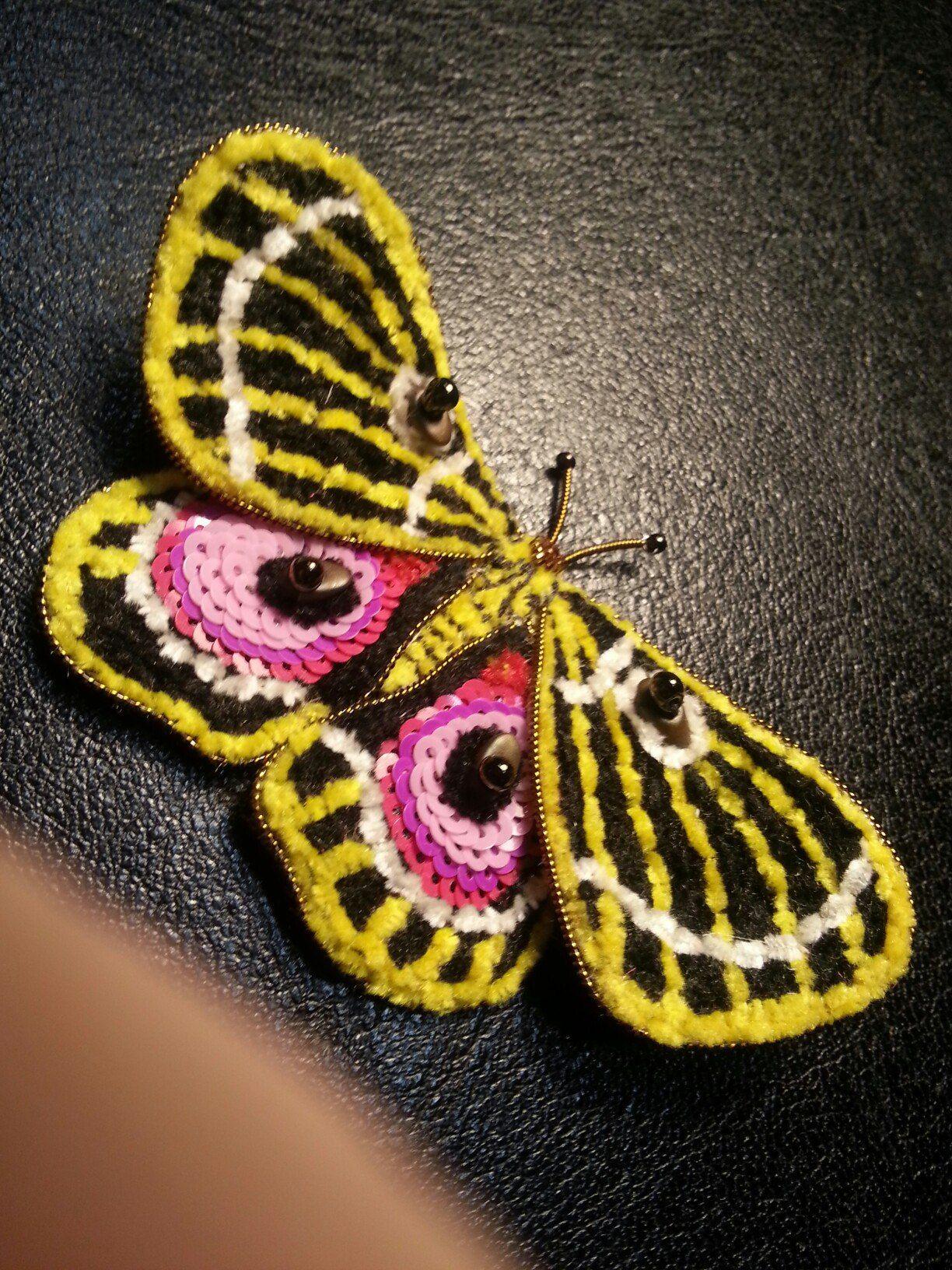 Пайетки вышивка бабочка 177