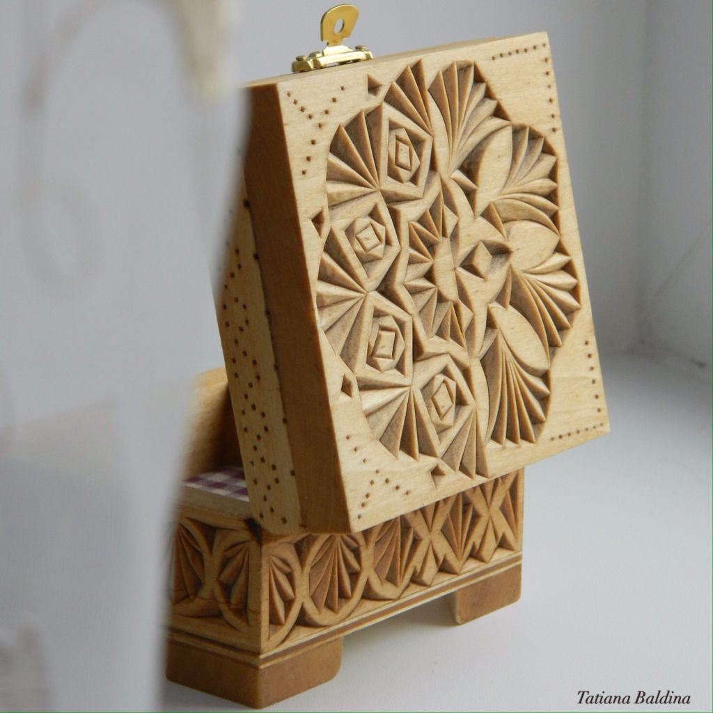 Incompatibility box chip carving pattern by tatiana