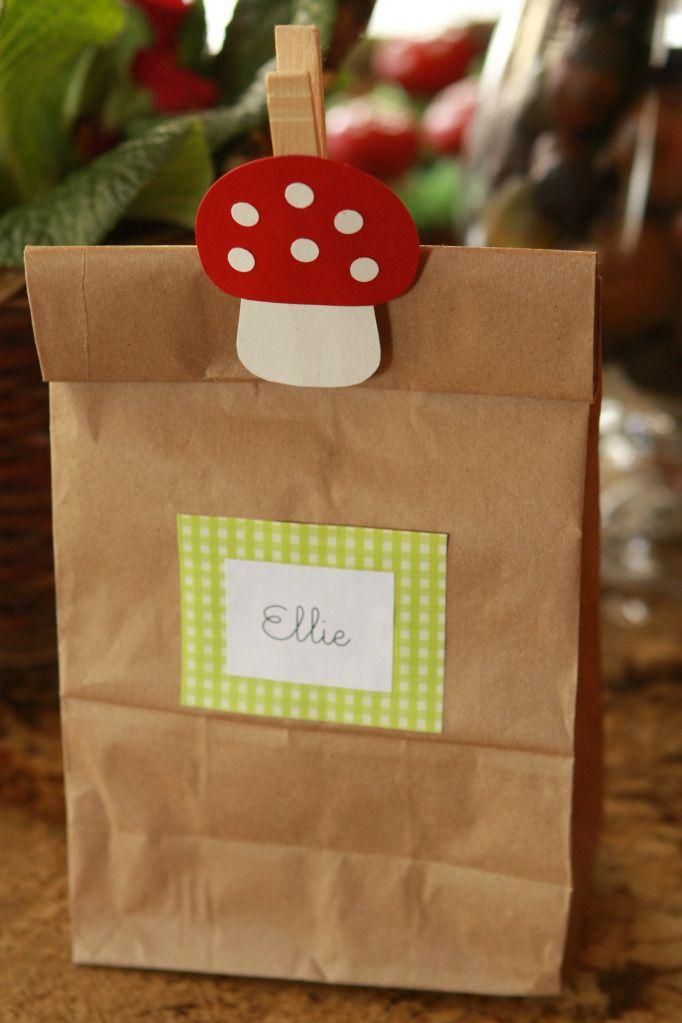 mushroom clothespin goodie bag...I already painted the mushrooms!