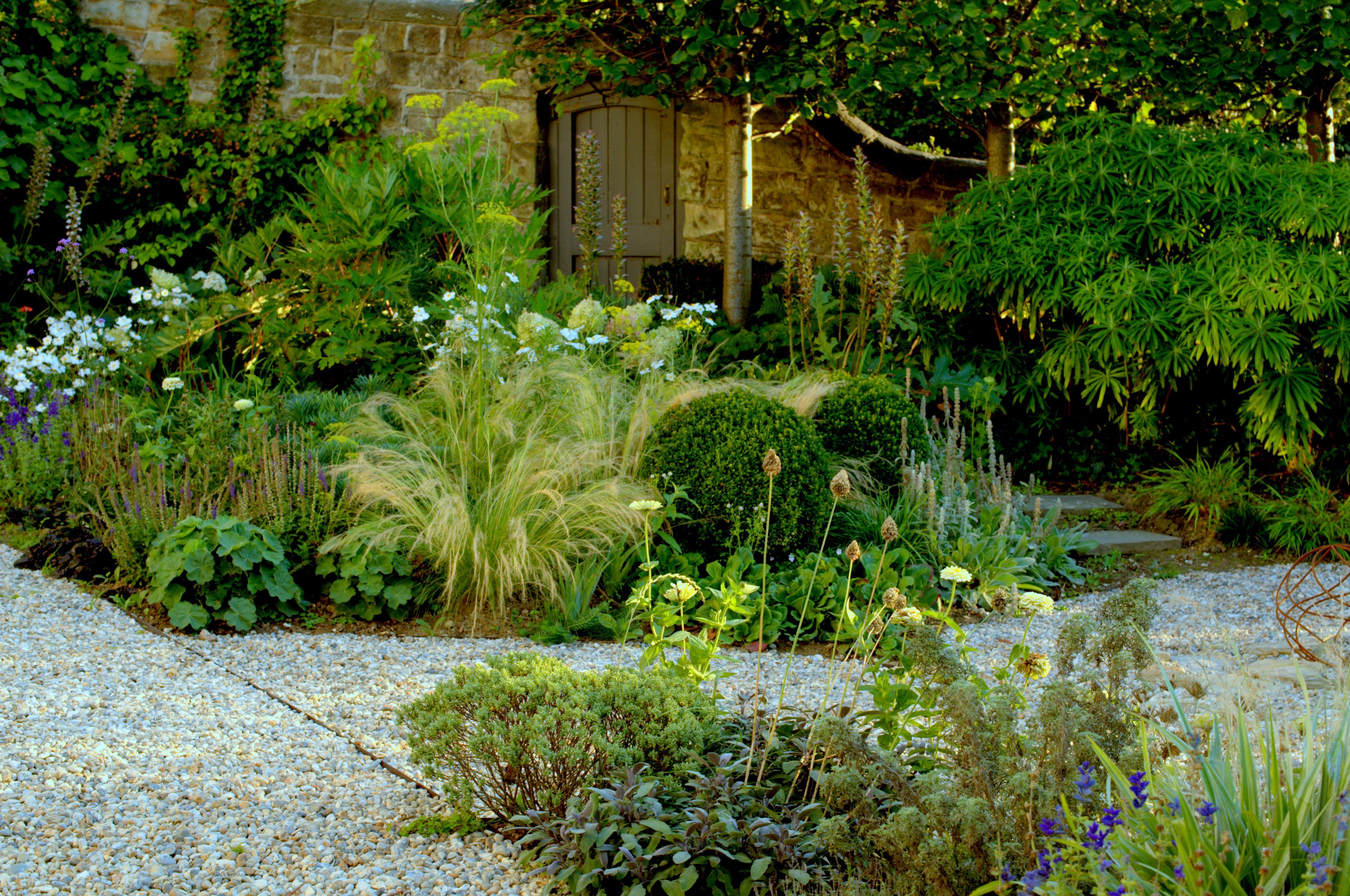 a seaside villa garden · paul ridley garden design oxford