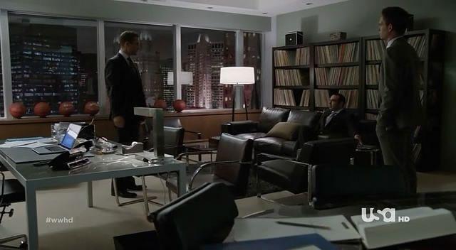 Harvey specter 39 s office interiors pinterest condos for Bureau tv show
