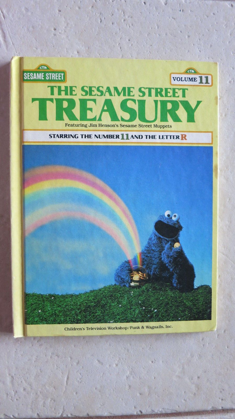 The sesame street treasury vol 11 starring the number 11 and the letter r book