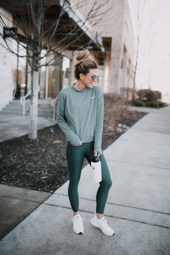 8c299a805a8 Secret Spot for Fitness Wear Finds   FITNESS & FUN - GIRLSCENE   Outfit  ideen, Sportkleidung, Sportbekleidung