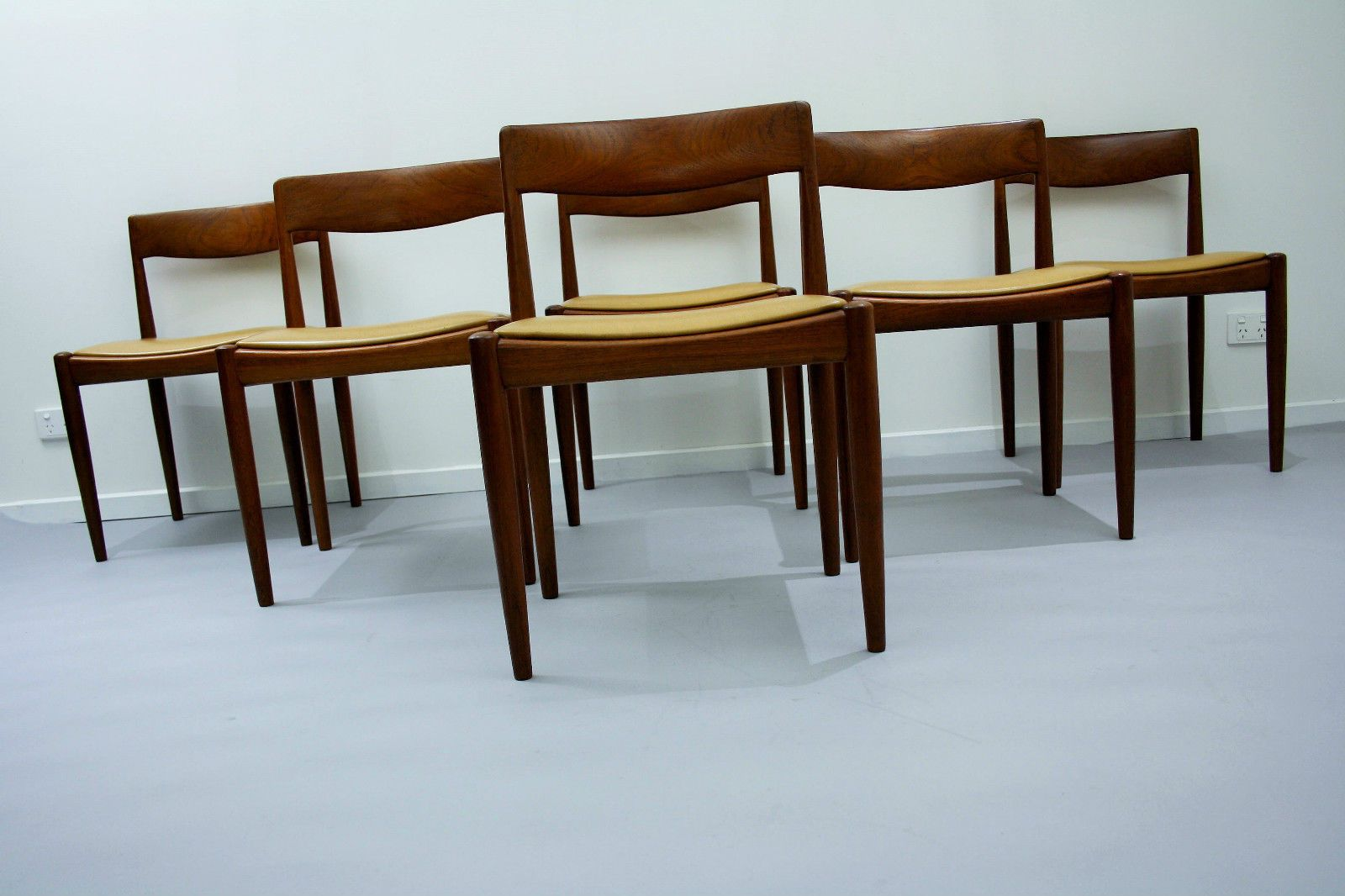 Dining X6 Stunning MID Century Chairs