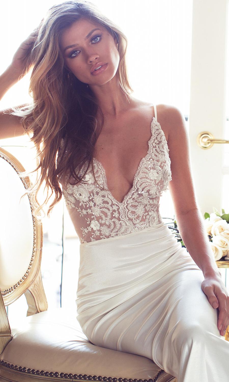 Lurelly Belle Lookbook | WEDDING DRESS UP IVORY & WHITE (2 ...