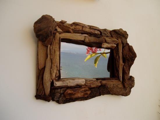 encuentra este pin y muchos ms en espejos marco de madera de