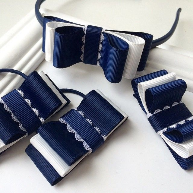 Biało - granatowy ślub - dziewczynki będą sypały kwiaty w naszych ozdobach  #wedding #handmade #fashion #accessories #amazing #Filipola #love #navy #women #instagirl #polishgirl #l4l #f4f #girl