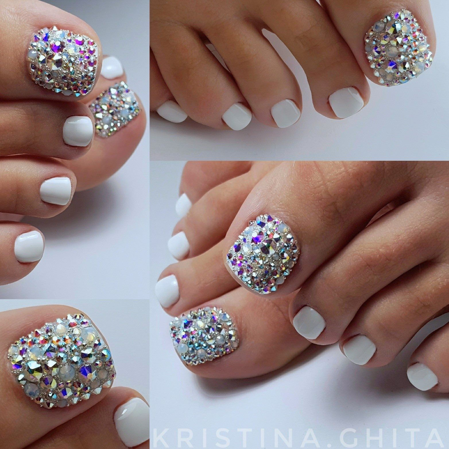 White Pedi With Clear And Mixed Rhinestones Sandals Only To Show Off This Nail Design Toe Nail Designs Toe Nails Cute Toe Nails