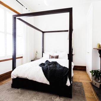 Red Jess Ayden Week 6 Room 1 Master Bedthe Block Shop Channel 9 Reno Rumble Bedroom Headboard Bedroom Styles