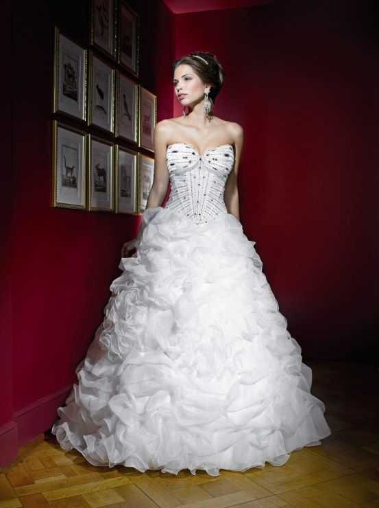 Pritty Wedding Dress, one of my favorites on www.silviesbridal.com