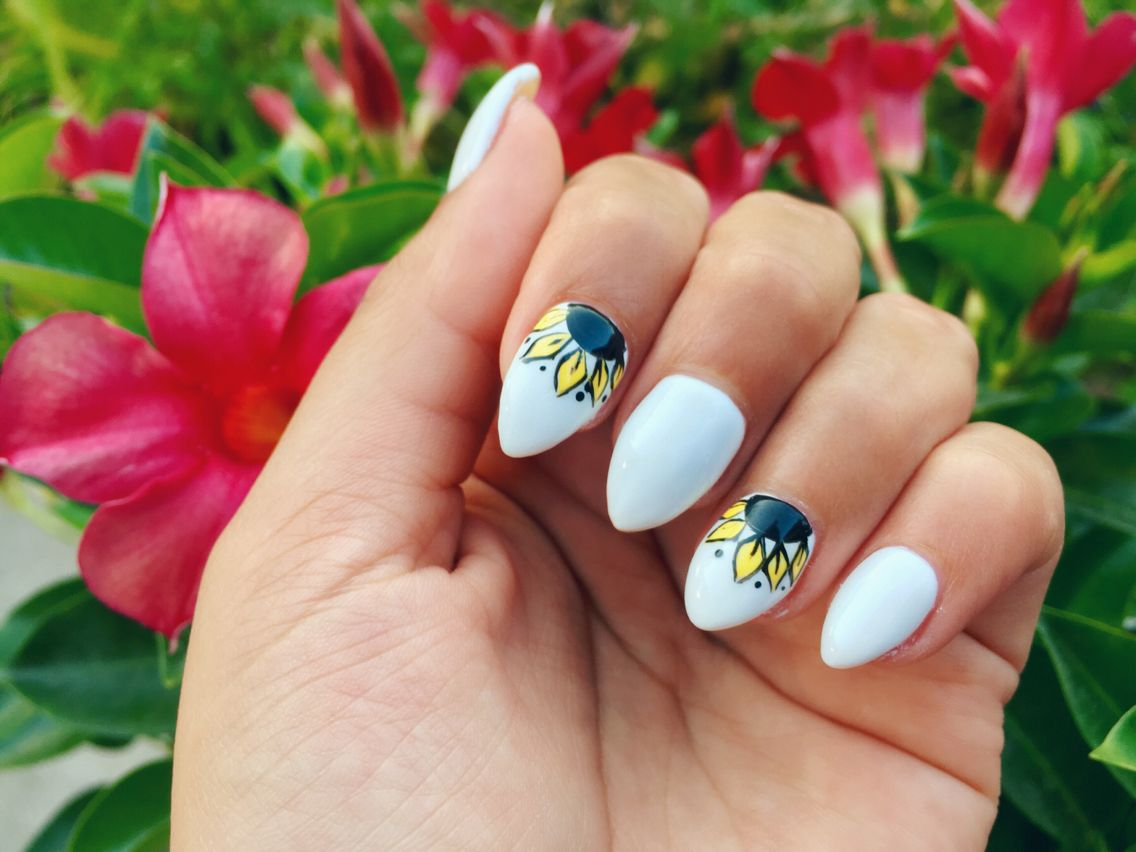 Sunflower Nail Design White Nails Sunflowers Sunflower Nails