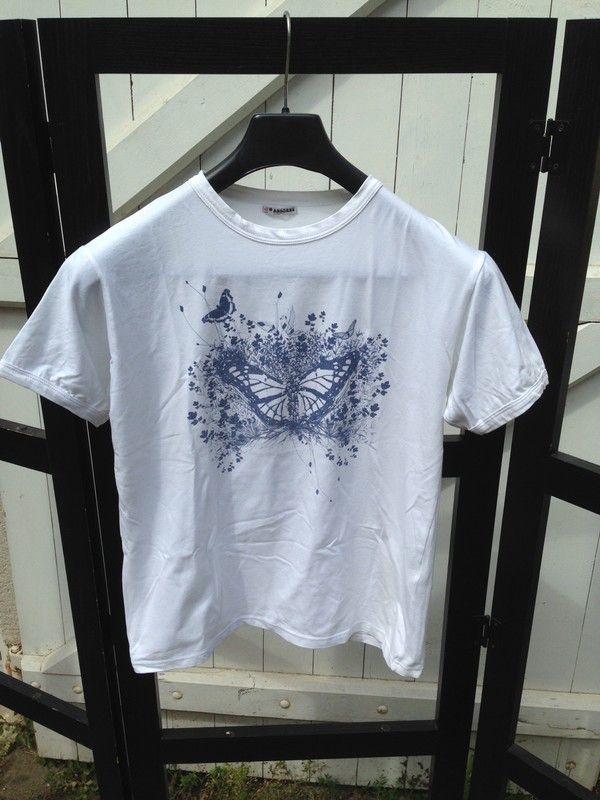 T-shirt blanc Absorba Absorba ! Taille 12 ans à seulement 4.00 €. Par d2e846c8347f