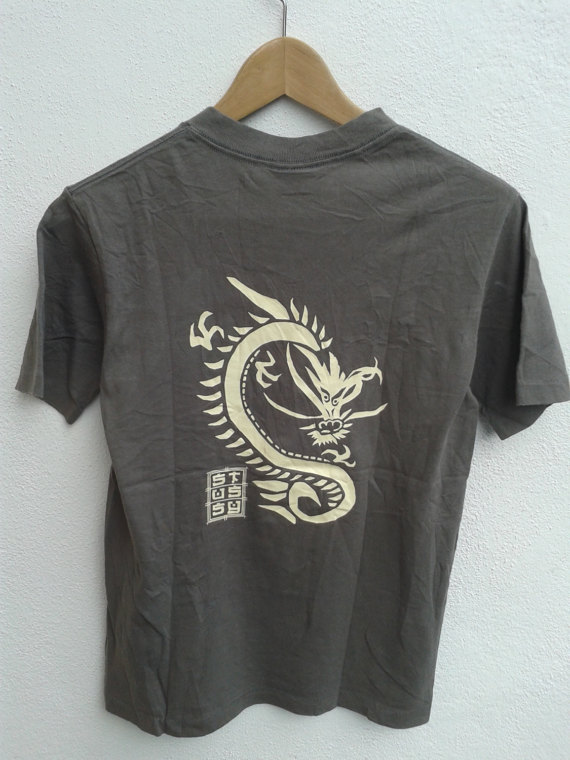 Vintage 90s STUSSY Dragon Graphic Japanese Sukajan Streetwear Style T-Shirt  Size S 4b1d517dc
