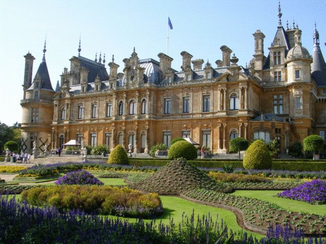 Waddesdon manor a rothschilds house in england in the style of a french chateau