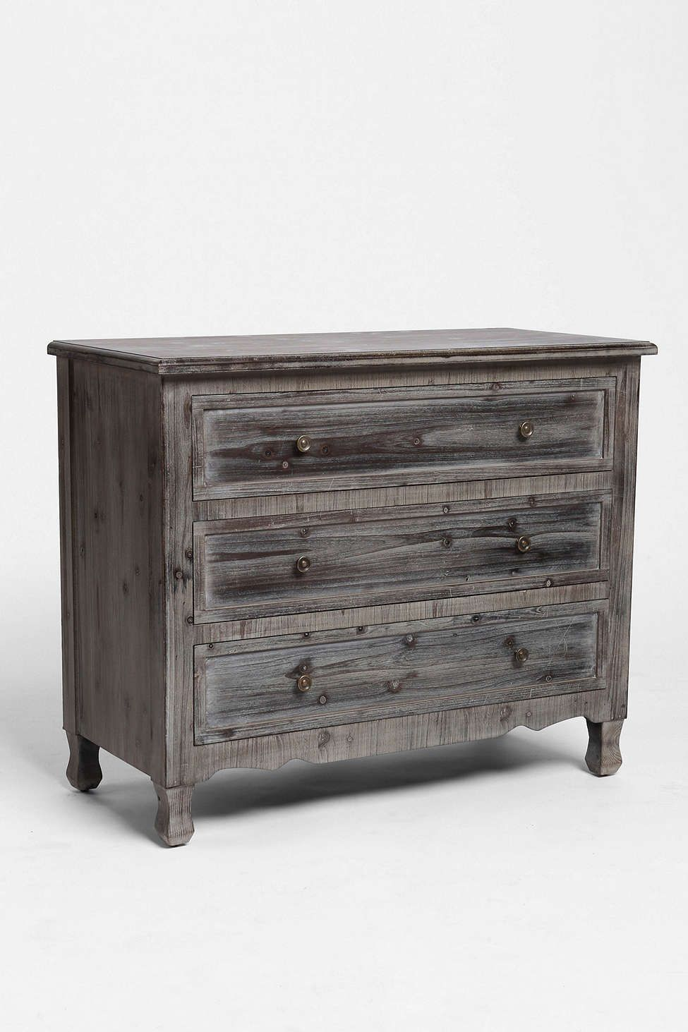 Classic 3-Drawer Dresser