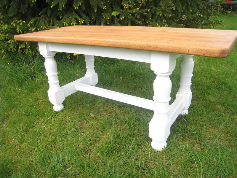 Une Nouvelle Table Patines Couleurs Table Meubles Et Vie - Peindre une table en bois
