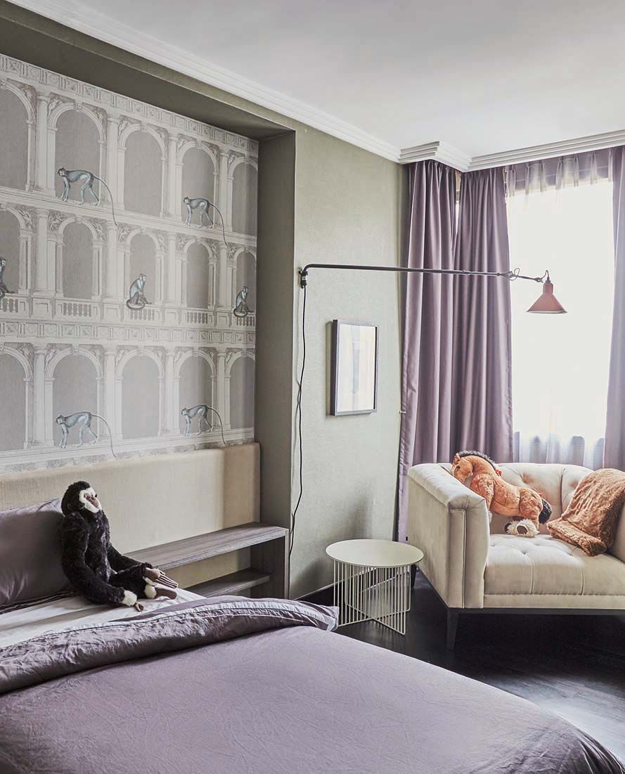 Best House Tour Bold Wallpapers And Deep Shades Dominate This 400 x 300