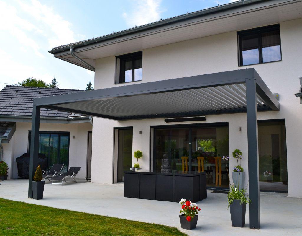 Terrasse contemporaine  Haute Savoie 74  juillet 2013  jardin  Pergola Terrasse
