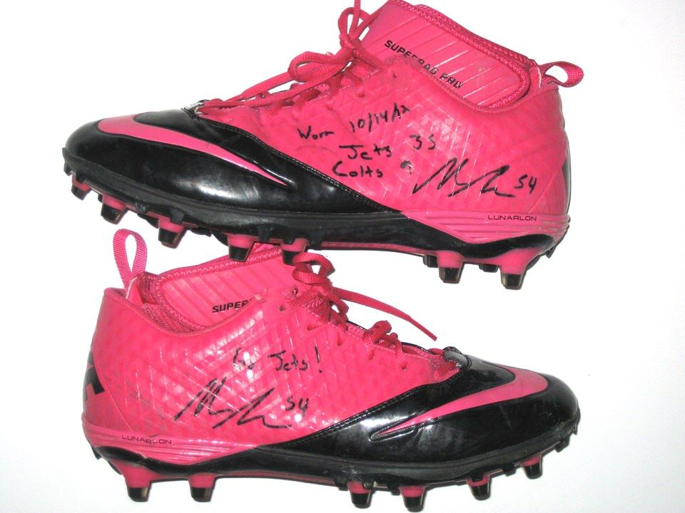 cdab15a58 Nick Bellore New York Jets Game Worn   Signed Pink Breast Cancer Awareness  Cleats (Worn for 23 Yard Reception from Tim Tebow on Fake Punt)