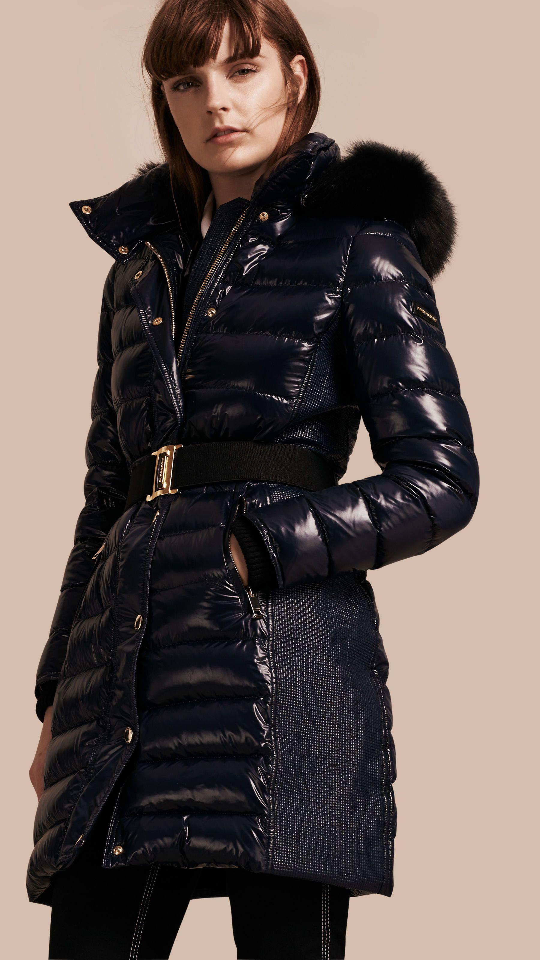 1ded32185a1 Manteau rembourré en duvet à capuche amovible bordée de fourrure Marine