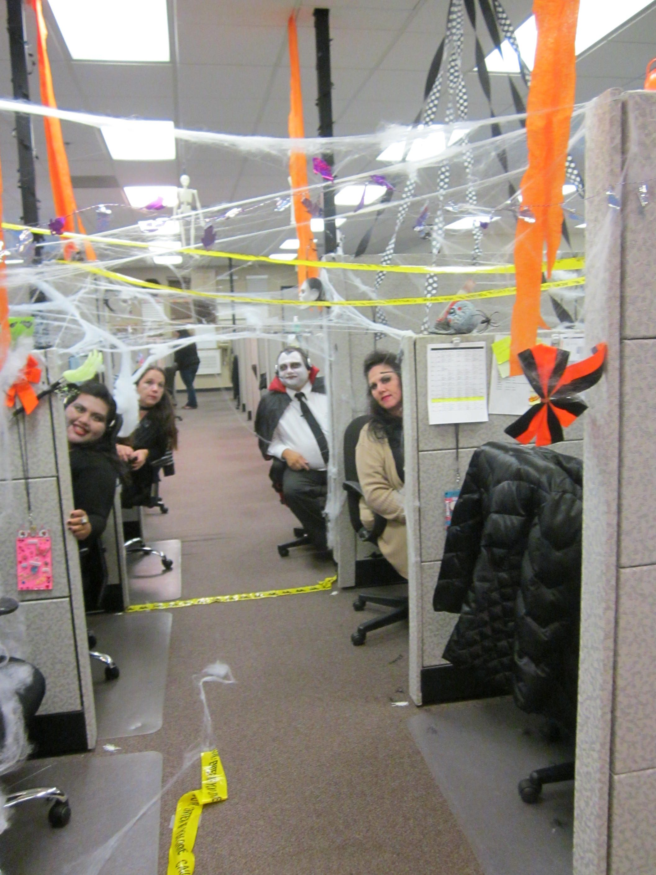 Decorating Office Cubicle -   wwwrebeccacobernet/7082 - halloween decorations for the office