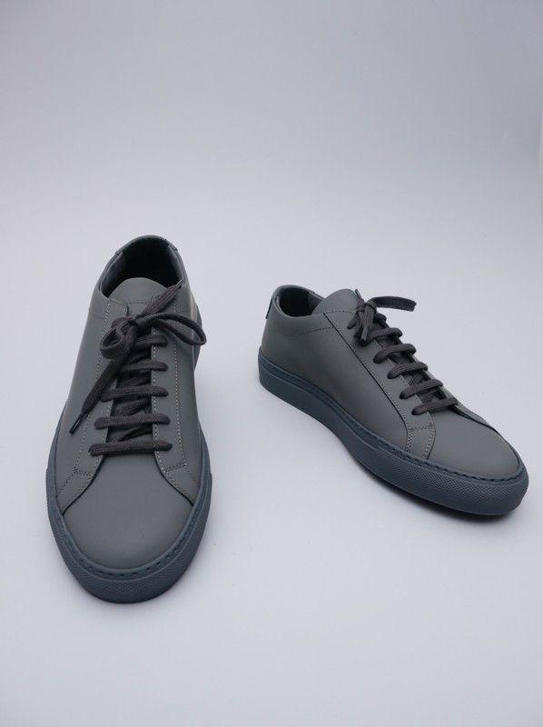Achilles Low Gummy Dark Grey by Common