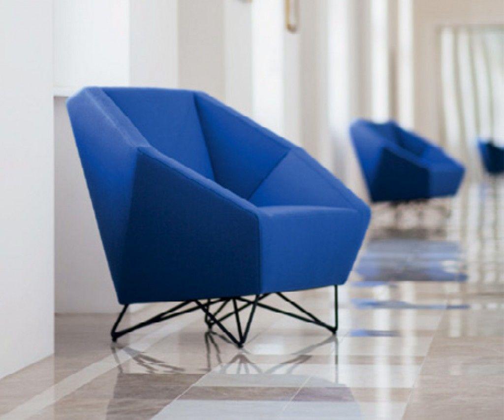 Der 3angle Sessel Von Prostoria Ist Sehr Modern, Bequem Und In 10  Verschiedenen Farben Erhältlich