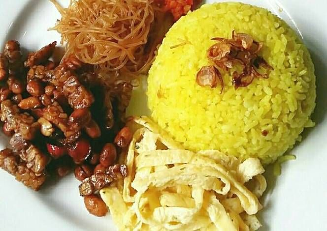 Resep Nasi Kuning Wangi Dan Gurih Ala Rieska Oleh Mrs Rieska Resep Resep Resep Masakan Malaysia Resep Masakan