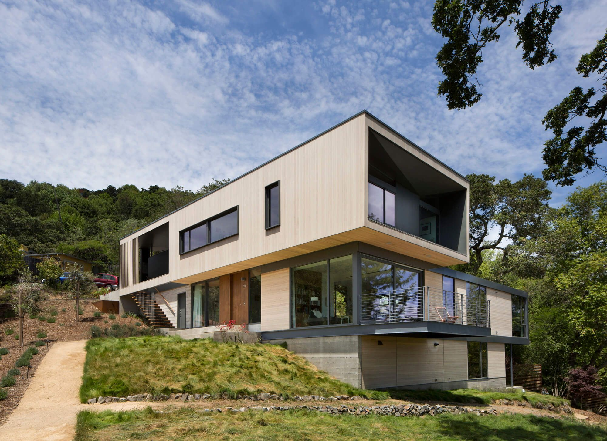 A Home On A Hillside With A Perfect View Is A Dream Of Everyone