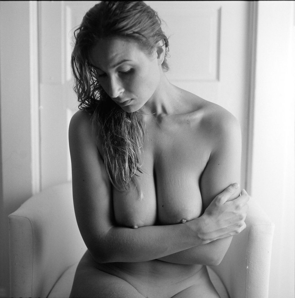 Nude female life model-7188