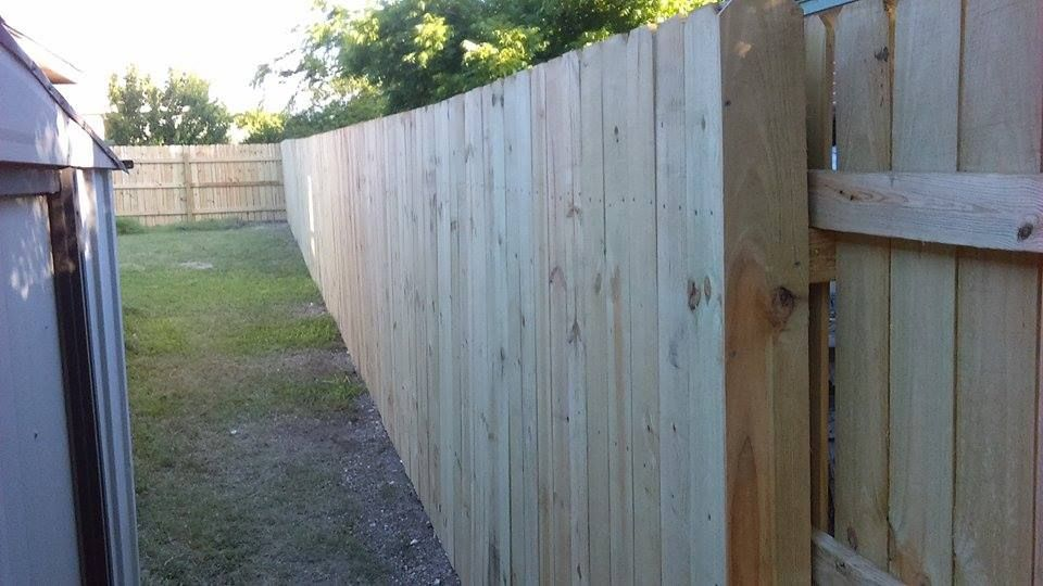 Privacy fence installation in Austin, TX Fence Company Oasis