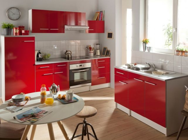 cool cuisine colore rouge conforama with cuisine complete. Black Bedroom Furniture Sets. Home Design Ideas