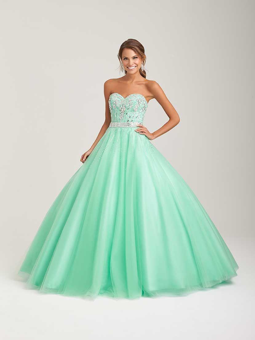 Vestido De 15 Años Verde Pastel Tipo Princesa Alquiler De