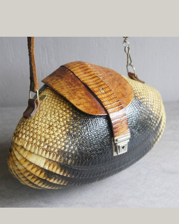320f96886bac Vintage 1940s armadillo purse exotic statement bag collectors piece
